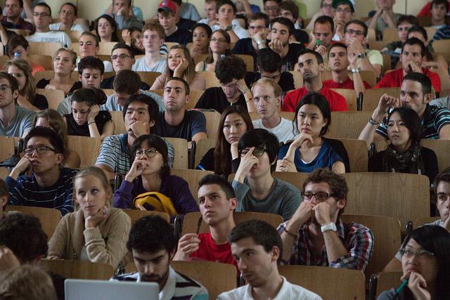 Tłumy na wykładach